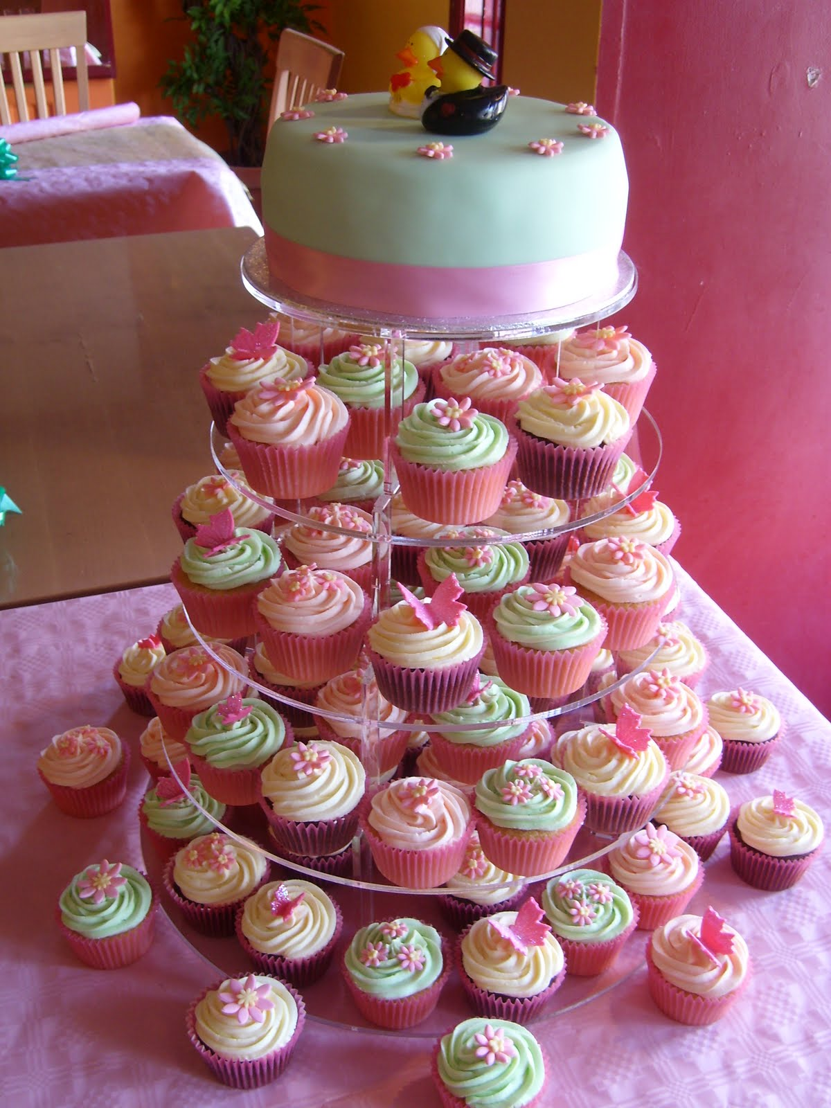 Cake With Cupcake Recipe : teeny cupcakes: Wedding Cakes