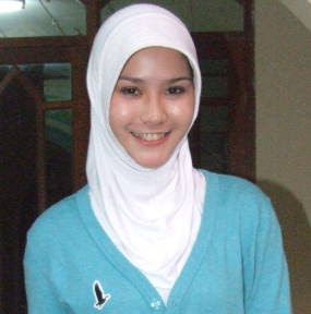 Download Foto Artis on Download Foto Artis Zaskia Adya Mecca