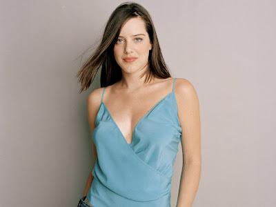 Michelle Ryan sexy wallpapers