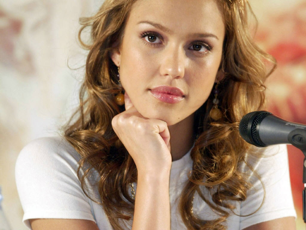 http://1.bp.blogspot.com/_45CUn86RPGE/TNLh5lZpjqI/AAAAAAAABzc/rZ0K8x2nA3c/s1600/Jessica-Alba-46.JPG