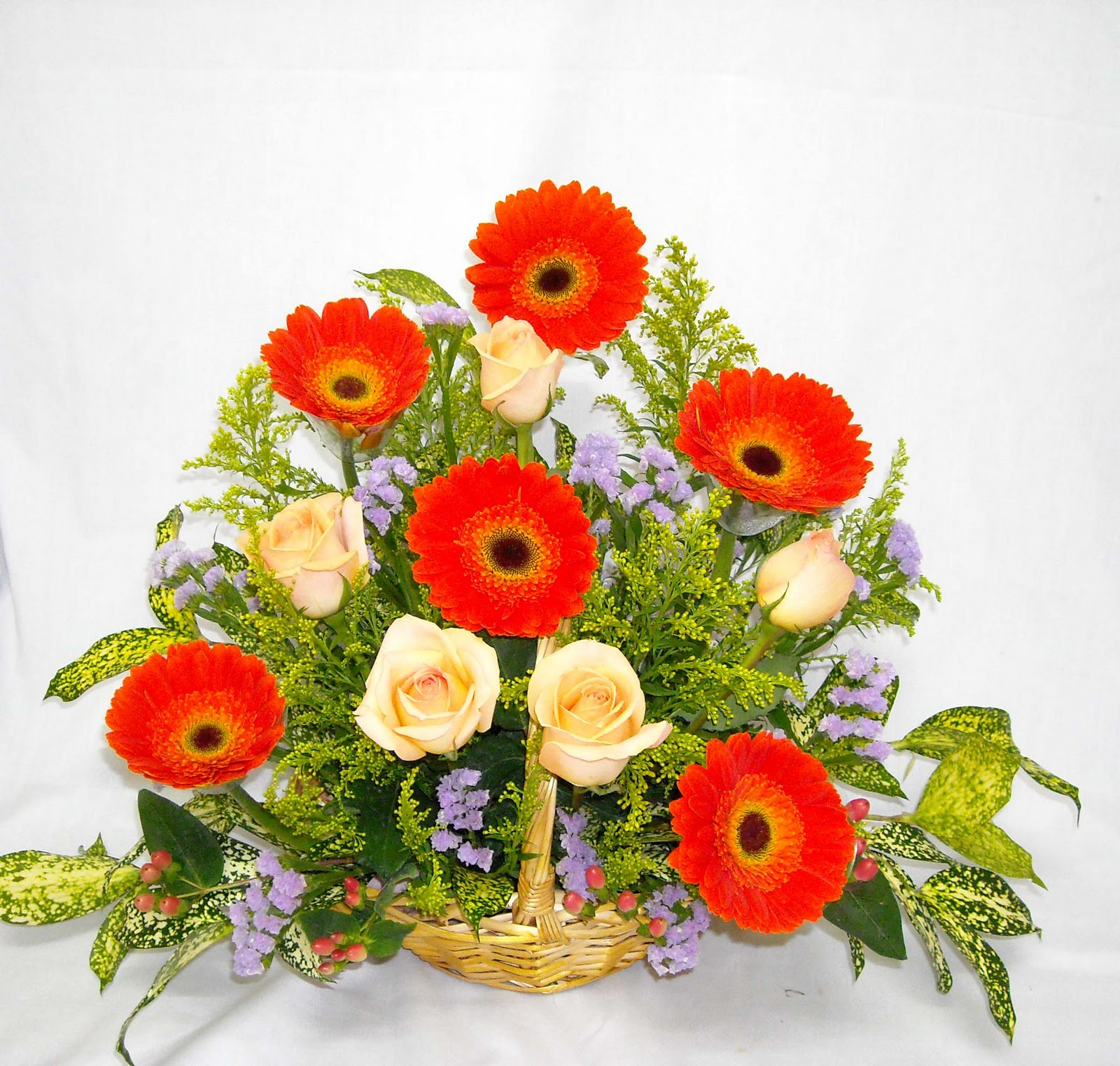 Images Of Flower Baskets : Pretty pompoms florist flower basket