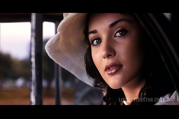 madrasapattinam what are some good romantic periodic movies