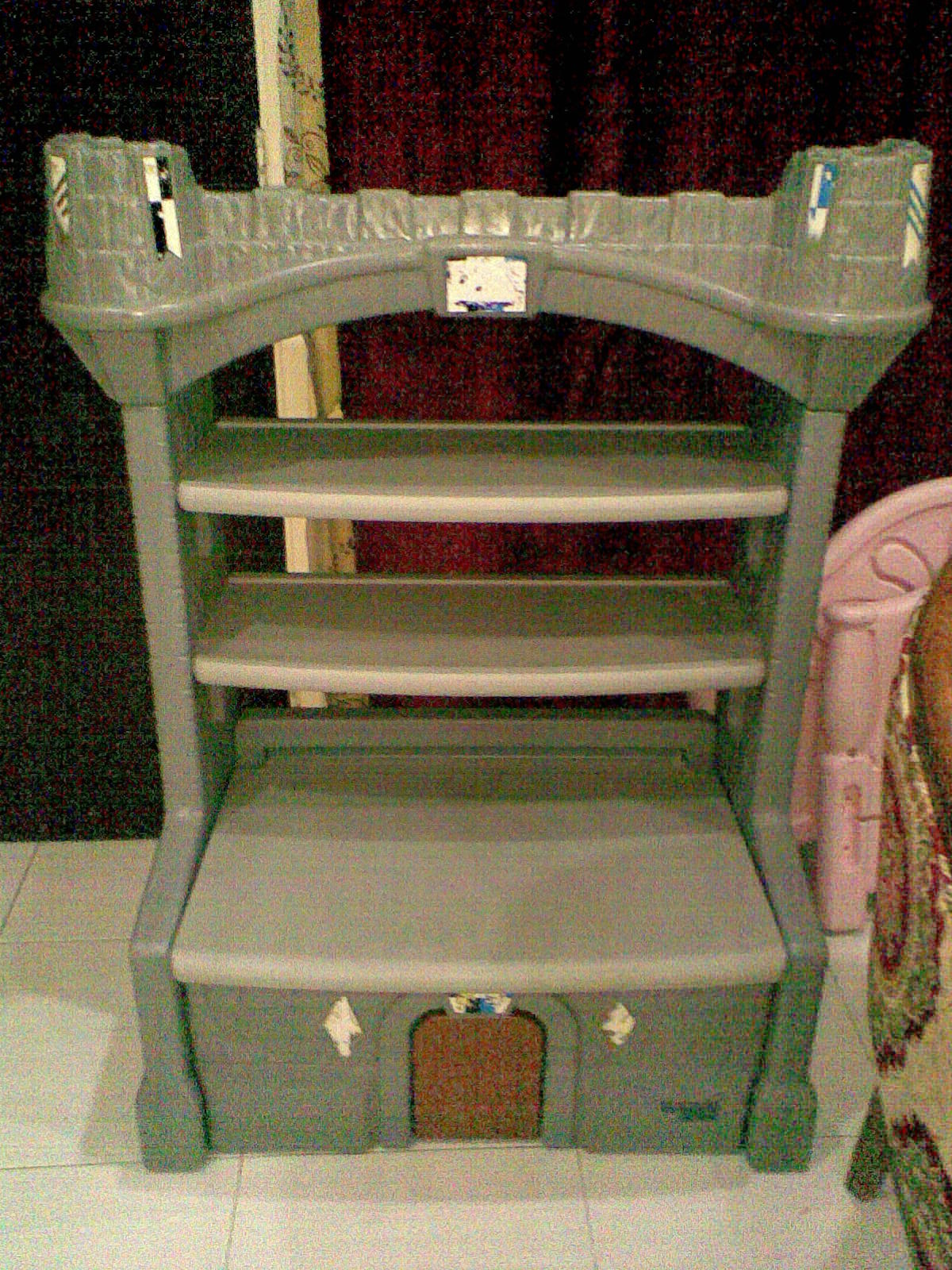 Todays Kids Castle Bookshelf Cum Storage Chest