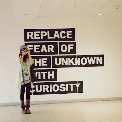 http://1.bp.blogspot.com/_47kCBfoTgKg/TGP53u_ddtI/AAAAAAAAABs/KaS3O8JTP-c/s1600/curiosity,emotion,inspiration,photography,quotes,slogan-8637e4b4b016ba4b631bd628ebc07f48_h.jpg