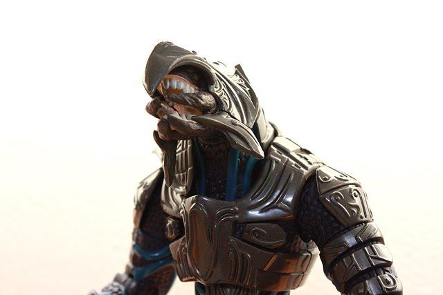 Master chief off duty, arbiter