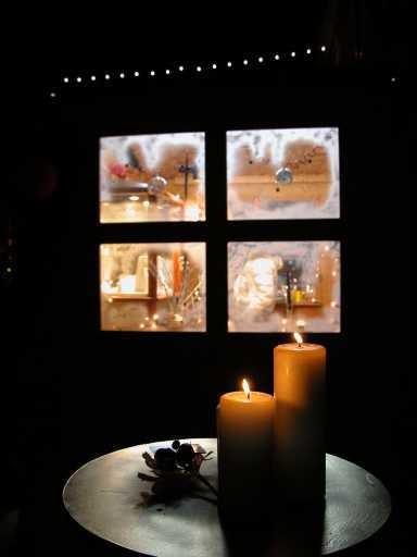 scoperta della lampadina : Un borgo illuminato solo dalla luce di migliaia di candele
