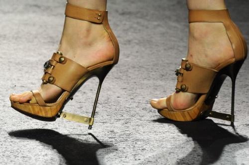 Lanvin triple banded platform sandal