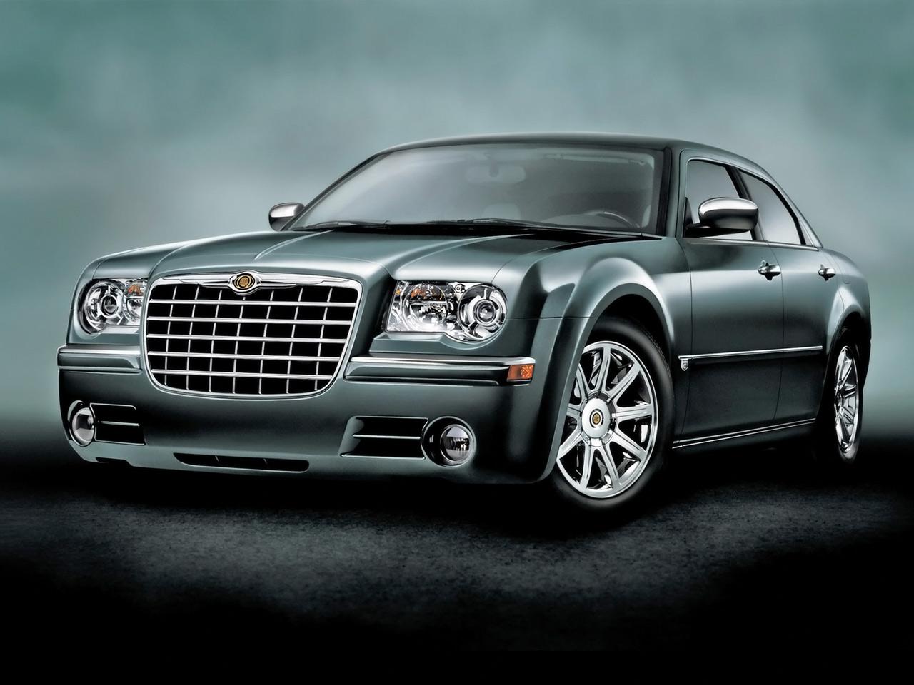 http://1.bp.blogspot.com/_4AqzTcaB9oY/TGhzKp7M-HI/AAAAAAAAAD8/5YPr_NzeYbw/s1600/Chrysler_300_SRT-8,_Touring_Sedan.jpg