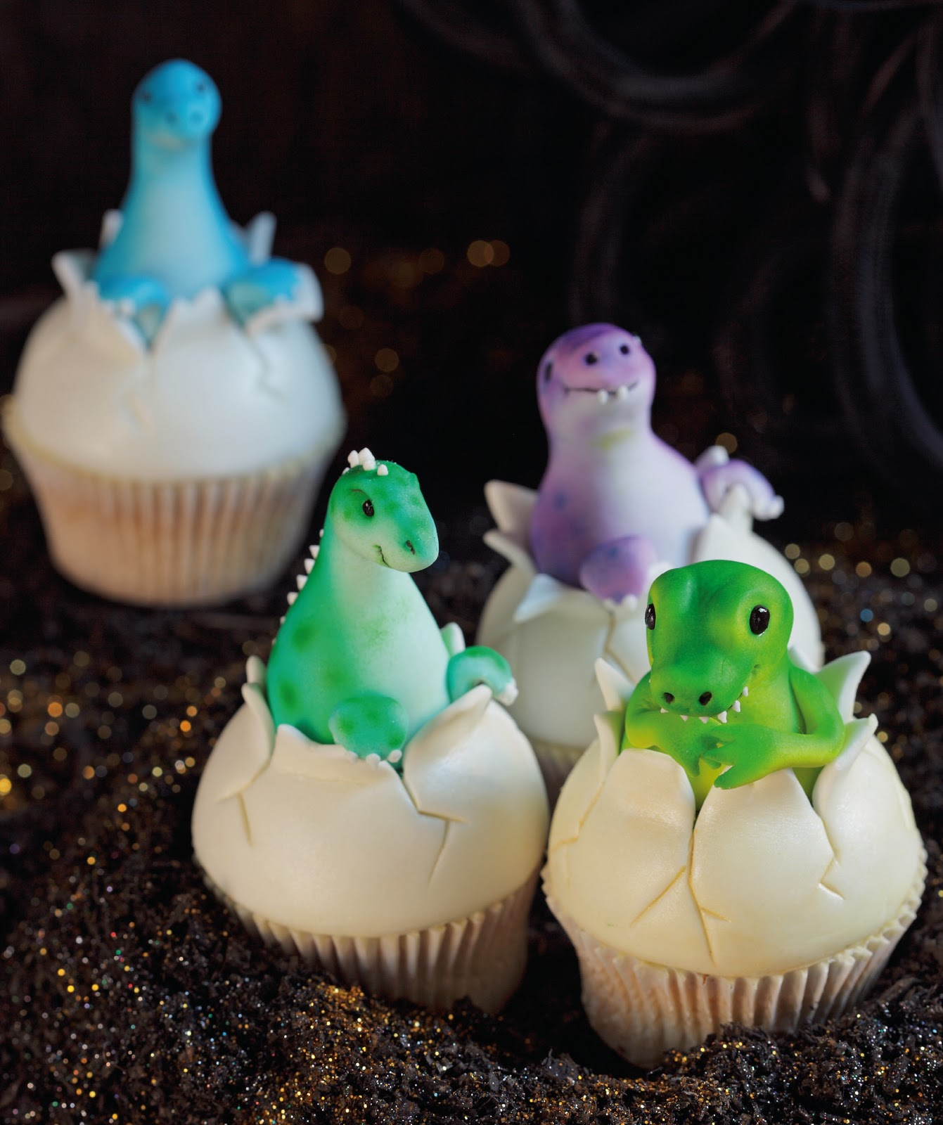 ... fantastic dinosaur cupcakes from the latest Planet Cake Cupcakes book