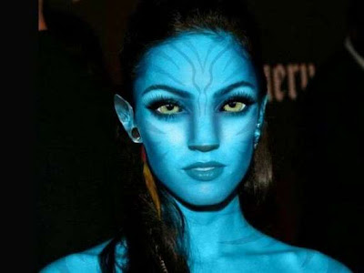 Celebrities Photoshoped To Avatar Mania