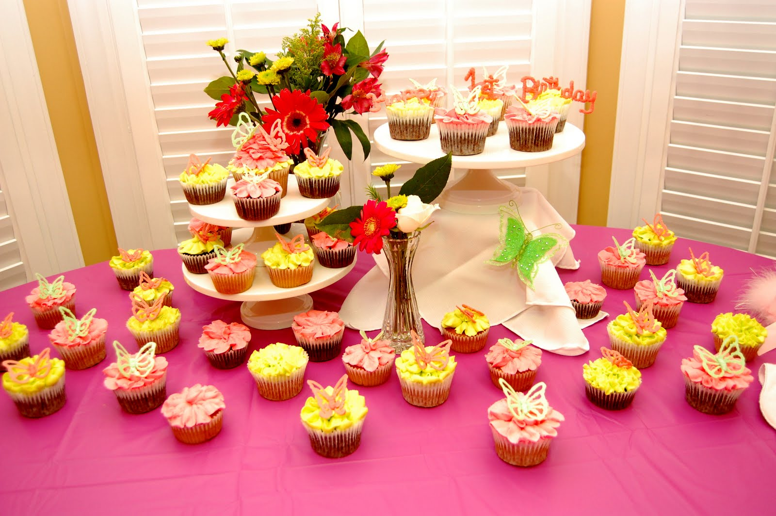 Something Special Cupcakes by Trang