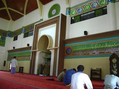 Masjid Agung Sultan Syarif Hasyim - Malay Culture Design