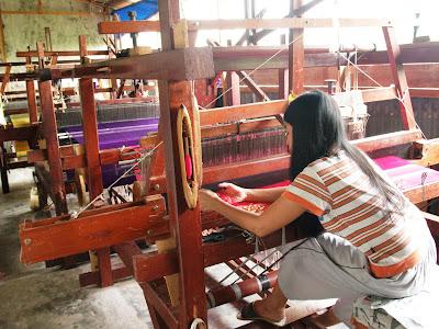 The Girl Weaver - Girl in Riau