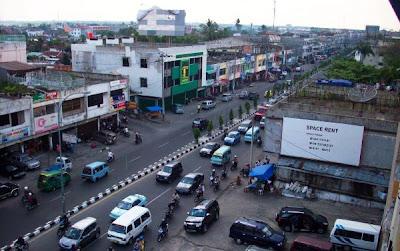 Tuanku Tambusai Street Pekanbaru