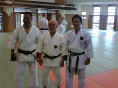 bersama sensei SOWYAMVU RAJ DANGOL (IOGKF Nepal) & sensei SHUICHI ARAGAKI (10th DAN)