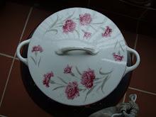 Carnations tureen