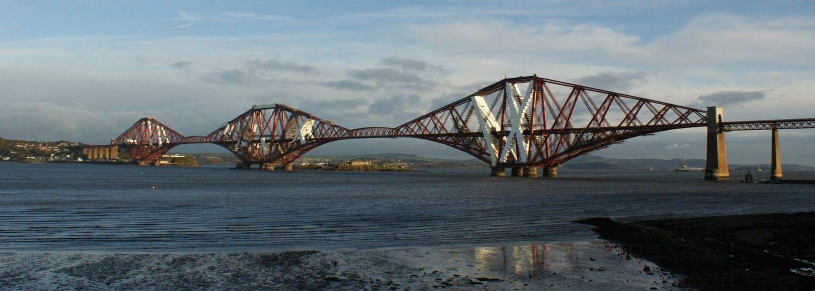 The forth railway bridge south queensferry west lothian scotland