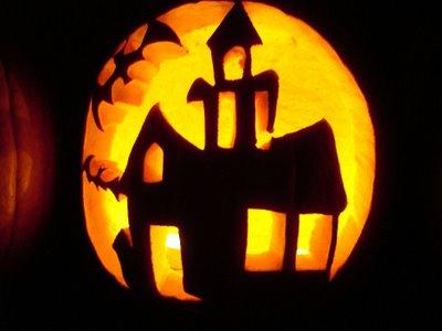 [haunted_house_pumpkin_3.jpg]