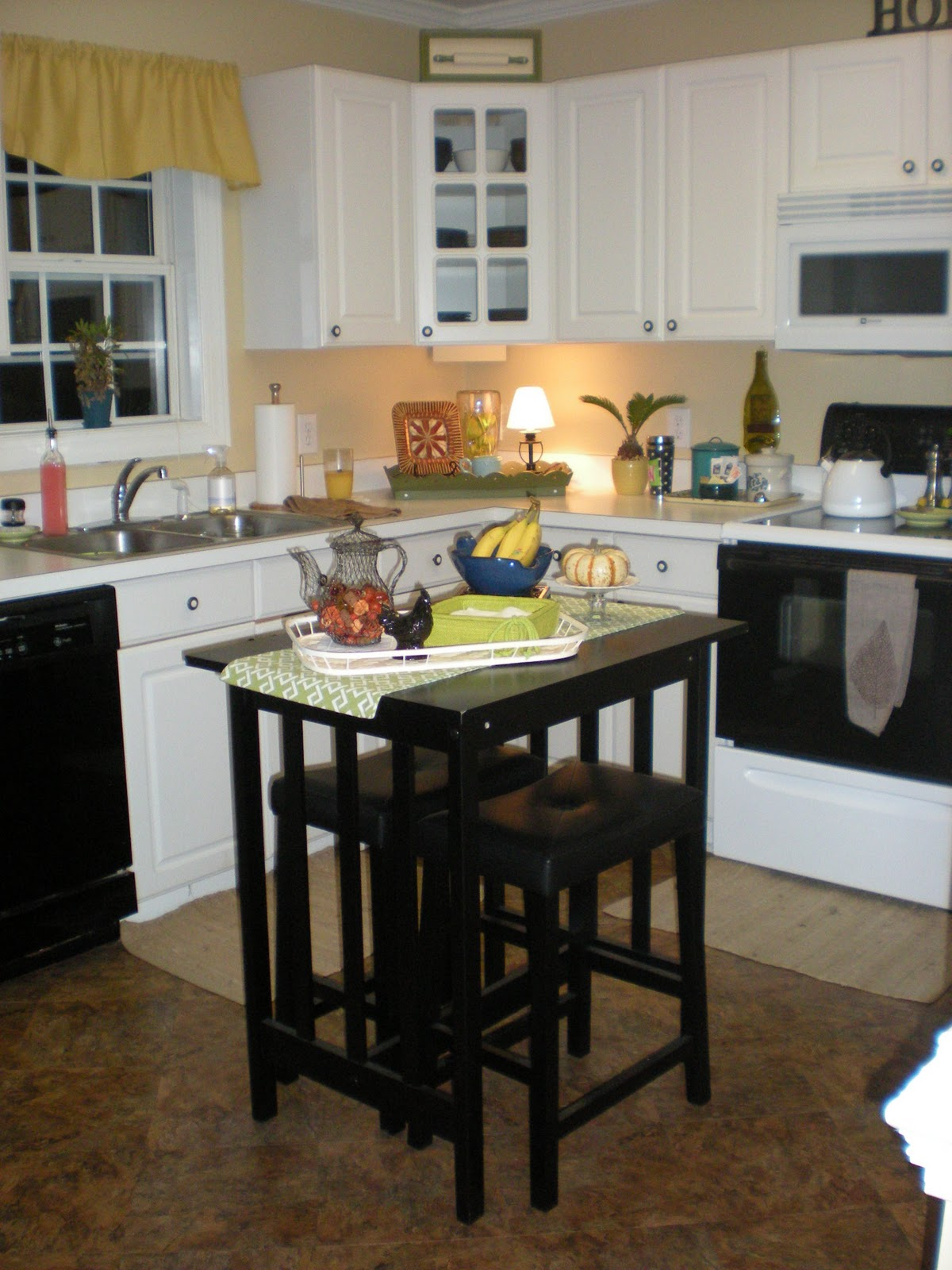 Thrifty Finds and Redesigns: Create your own Kitchen Island...