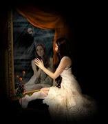 Devoradora de iluciones, alma y vida. No tengas miedo, buscame en la oscuridad. No esta mal.