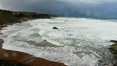 En Sopelana las olas llegaban a los cuatro metros