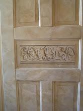 Dekormålad badrumsdörr