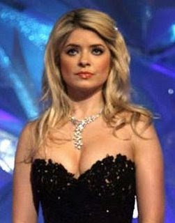holly willoughby boobs