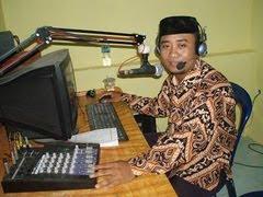 Penyiar Radio Omega Fm