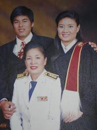สามคนแม่ลูก