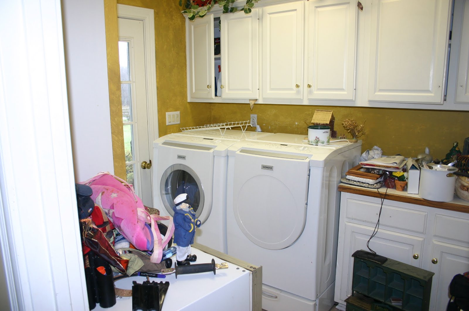 You Might Also Notice That This Washer Dryer Is Too Deep For Space Meaning Outside Door Unusable