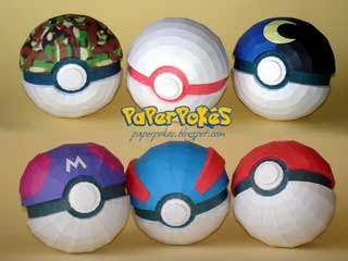 Poke Ball Papercrafts