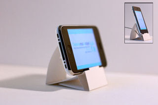 iPhone iPod Touch Papercraft Dock