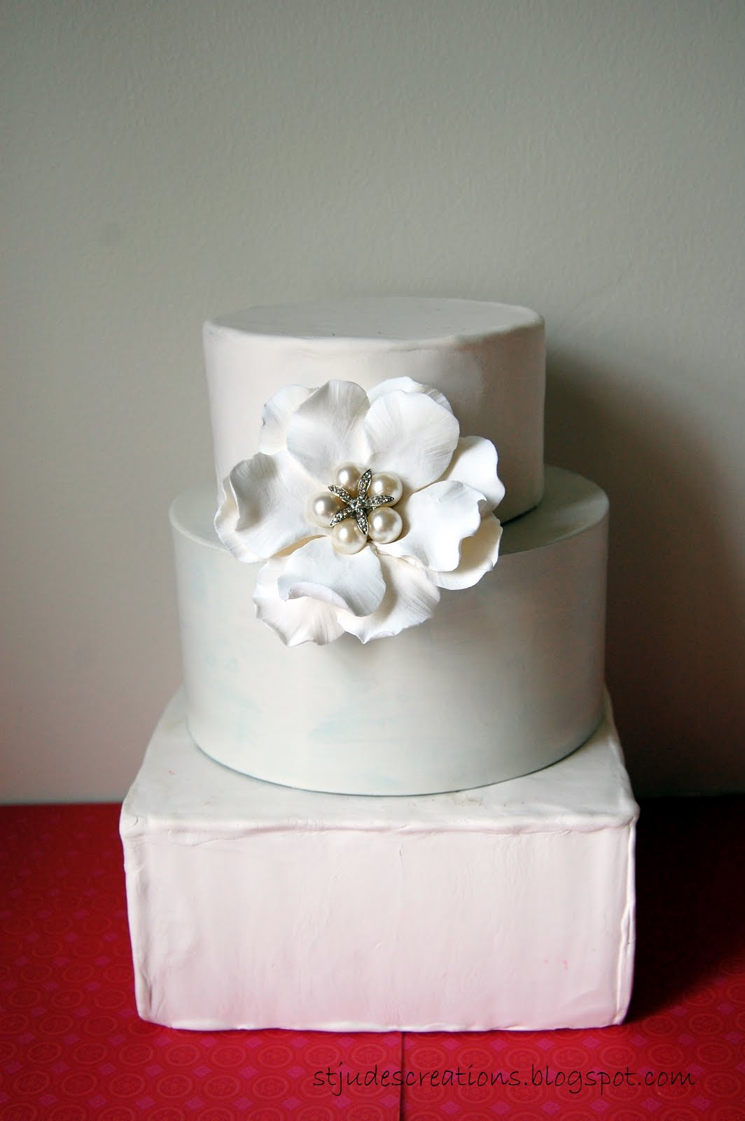 Wedding Cake Flower Alternative For Gumpaste Clay