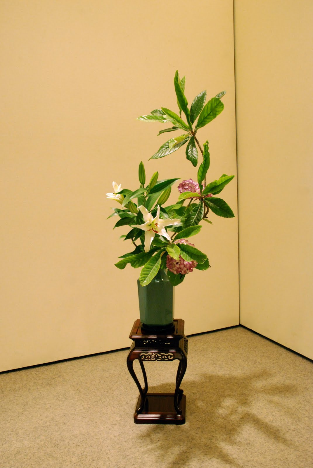 hanamai, the ikebana blog: 10 Years of Ikebana Asian Flower Arrangements