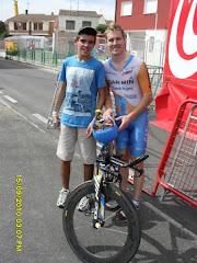 Con Tyler Farrar (y su bici)