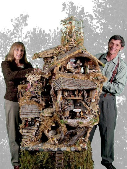 Nature 39 S Castles Miniature Fantasy Homes By The Schramers