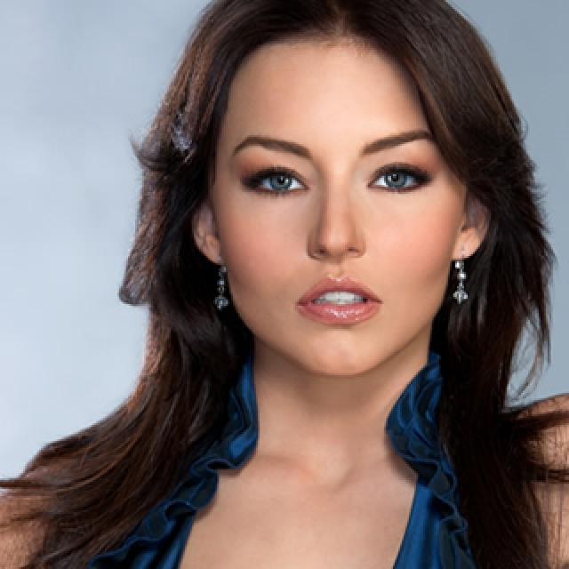 Angelique Boyer - Gallery Colection