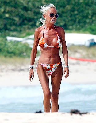 Yes, this is fashin queen Donatella Versace... Looking better than ever!