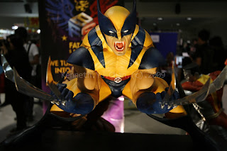 metrocomicon 2009, wolverine, toys, kenneth yu chan photography, kenneth chan photography