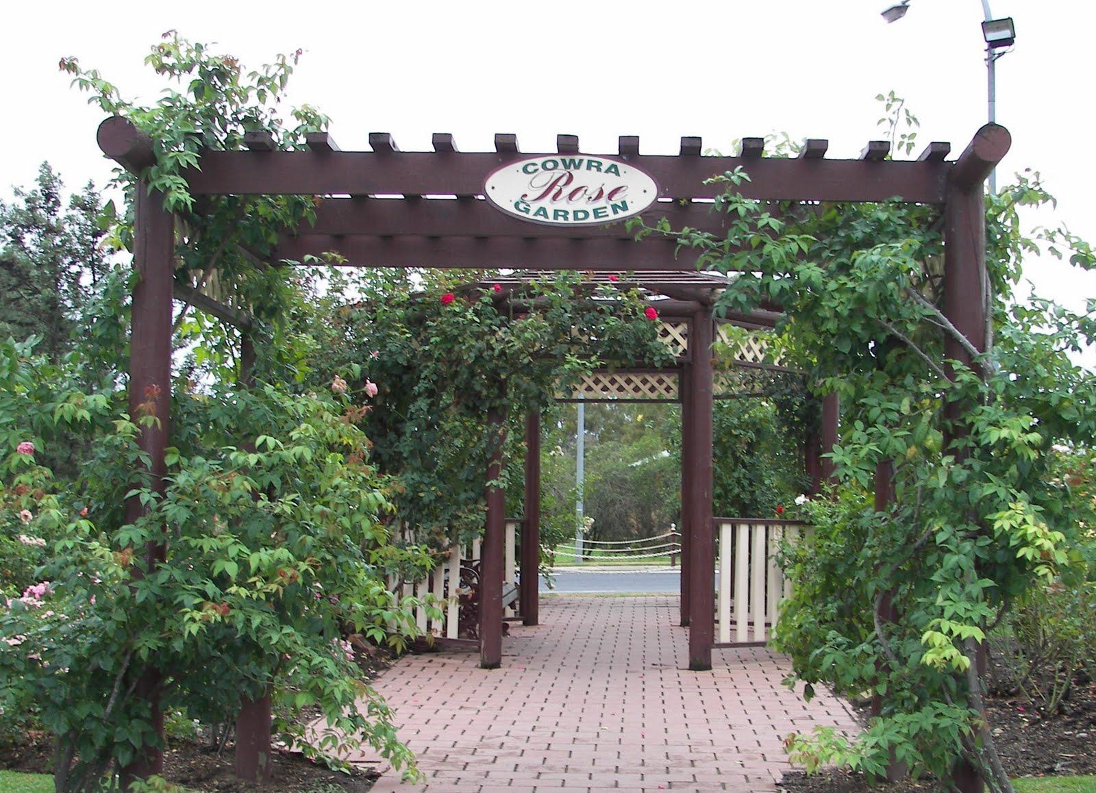 Tok Tok Place Cowra Memorial Rose Garden