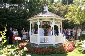 Wedding ceremonies & elopements
