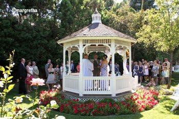 Wedding ceremonies & elopements
