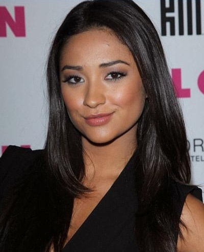 shay mitchell fotos. Shay Mitchell was spotted at