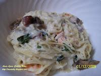 白醬海鮮義大利麵