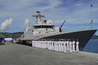 Panglima TNI Kukuhkan Dua Kapal Perang TNI-AL