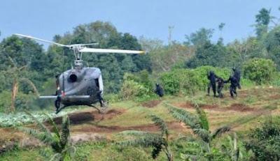 Foto Latihan Taktis Batalyon Tim Pertempuran (BTP) 406 Yon 400/2011
