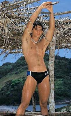 Swimpixx blog for sexy speedos, free pics of speedo men, hot men in speedos and swimwear. Brazilian homens nos sungas abraco sunga