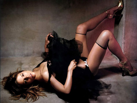 kate beckinsale sexy pose photo