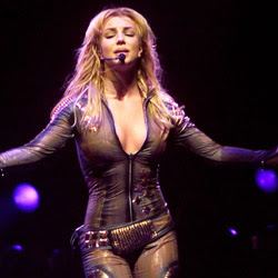 Pantyless Britney Spears Wants Another Child