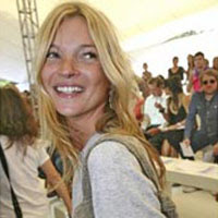 Kate Moss 'Wakes Up' From Pete Nightmare